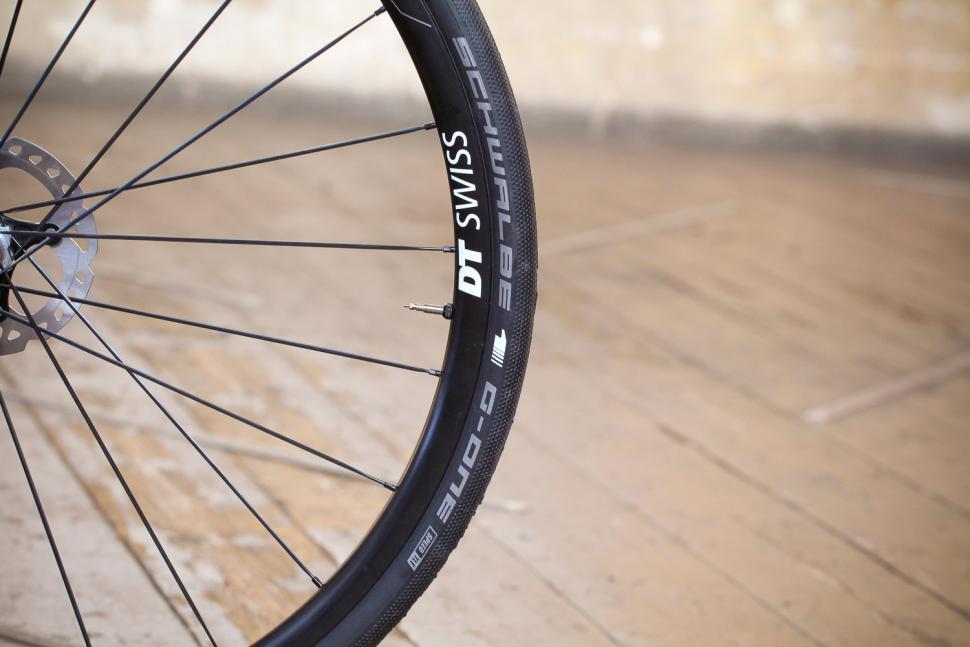 J Guillem Orient - tyre.jpg