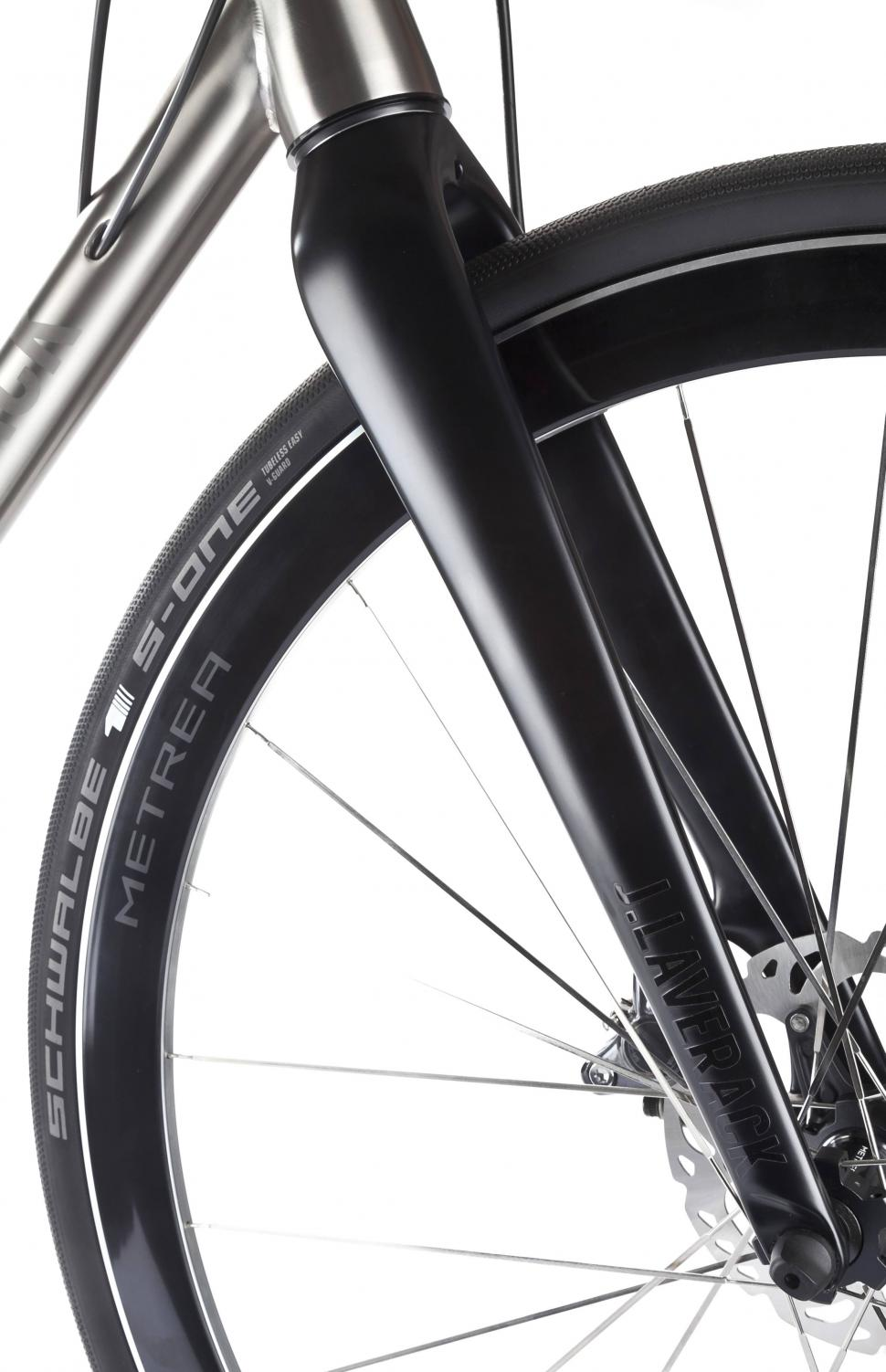J Laverack targets urban cyclists with new Metrea-equipped