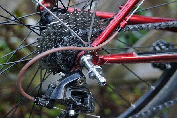 Jagwire Road Elite Sealed Shift Kit - on bike 2.jpg