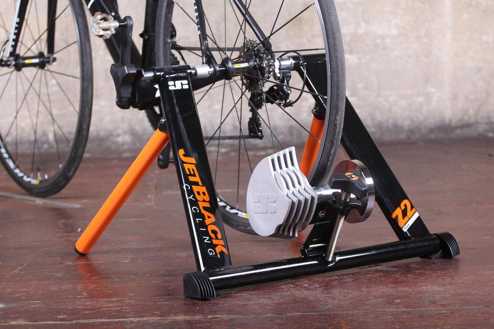 Fluid Bike Trainer >> Review Jetblack Z2 Fluid Trainer Road Cc