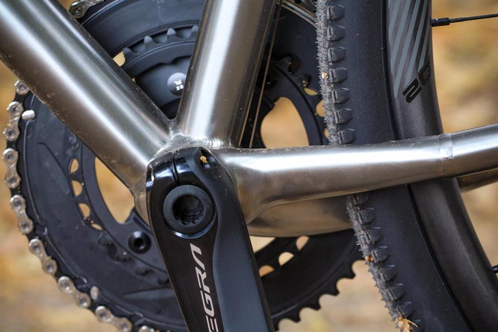 j_guillem_atalaya_-_bottom_bracket.jpg
