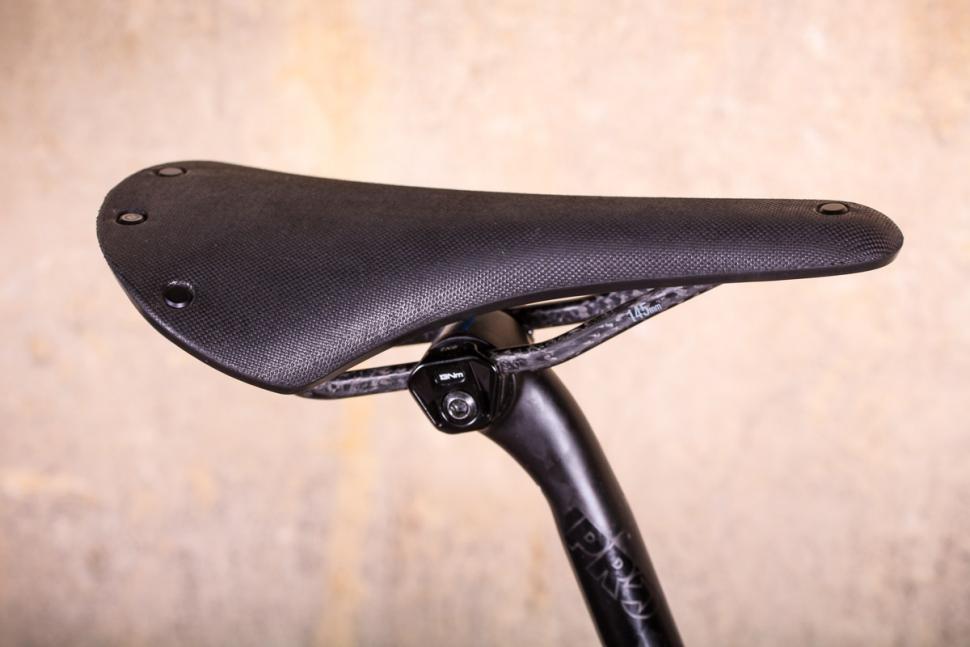 j_laverack_r_j_ack_disc_-_saddle.jpg