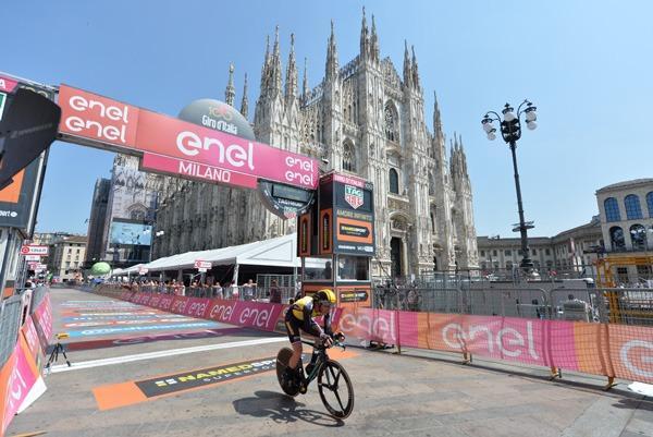 Jos van Emden wins final stage of 100th Giro d'Italia (picture credit  LaPresse - D'Alberto - Ferrari - Paolone - Spada).jpg