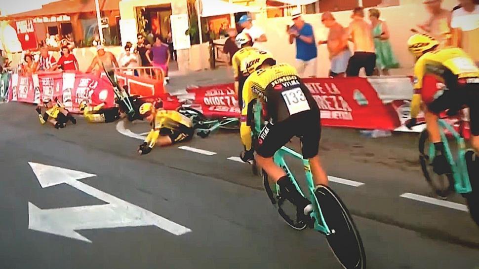 Jumbo-Visma Vuelta Stage 1 crash (via YouTube)