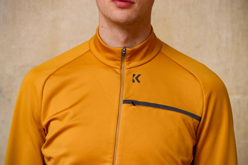 Kalf Club Men's Softshell Jersey - chest.jpg