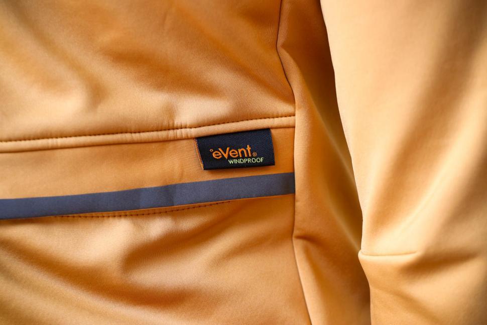 Kalf Club Men's Softshell Jersey - windproof logo.jpg