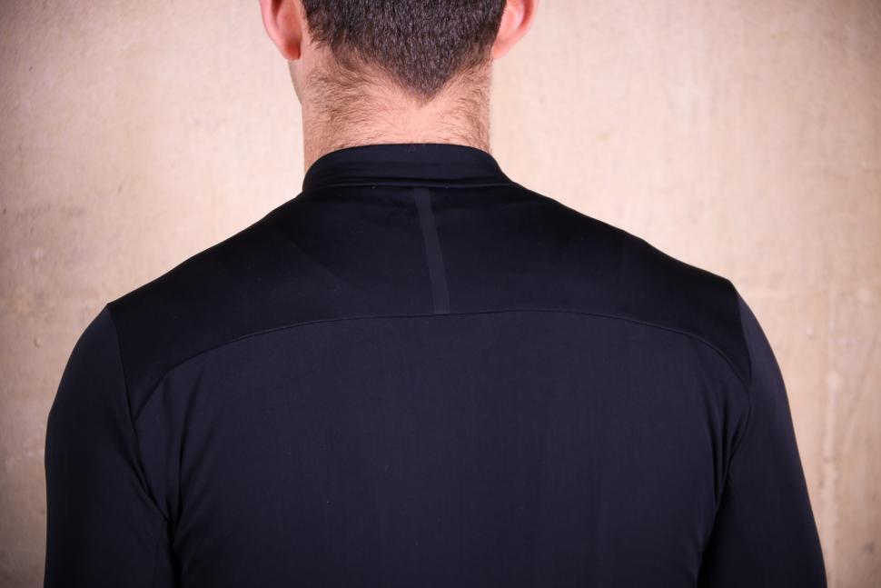 Kalf Club Thermal Men's Long Sleeve Jersey - shoulder.jpg