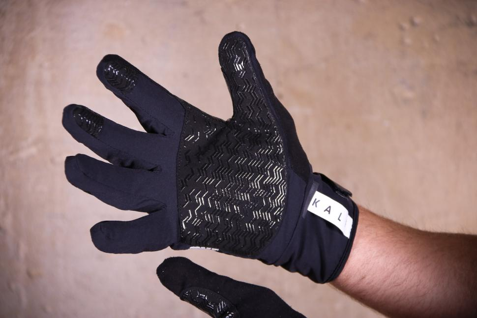 Kalf FIVE Men's Gloves - palm.jpg