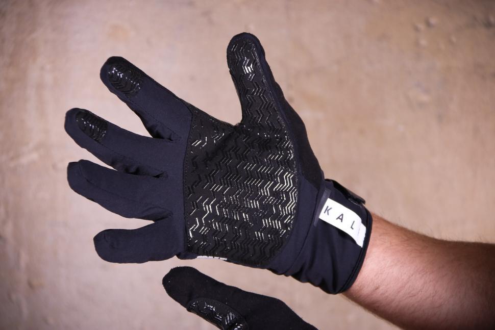 Kalf FIVE Men's Gloves - palm.jpg