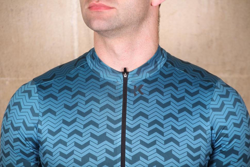 Kalf Flux Chevron Men's Short Sleeve Jersey - chest.jpg
