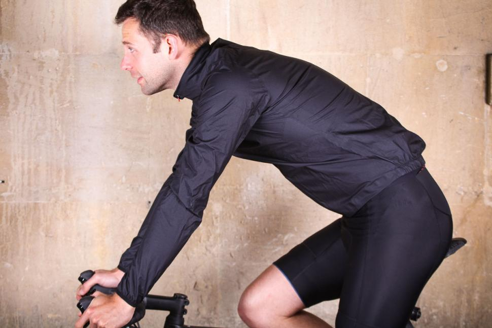 kalf_flux_lightweight_jacket_-_riding.jpg