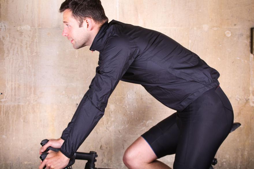 kalffluxlightweightjacket-riding.jpg