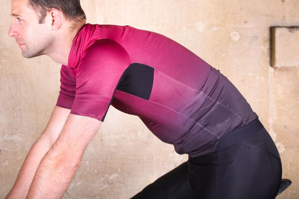 kalf_flux_print_mens_short_sleeve_jersey_-_riding.jpg