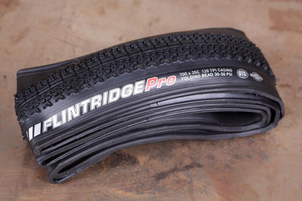 Kenda Flintridge Pro Tubeless Ready tyre.jpg