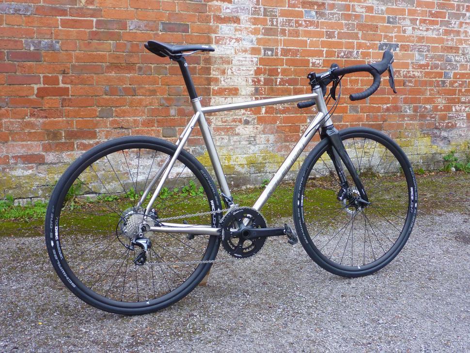 Kinesis GF_Ti Disc - full bike.jpg