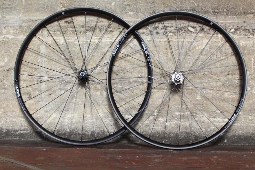 kinesis-racelight-rl-700-disc-wheels.jpg