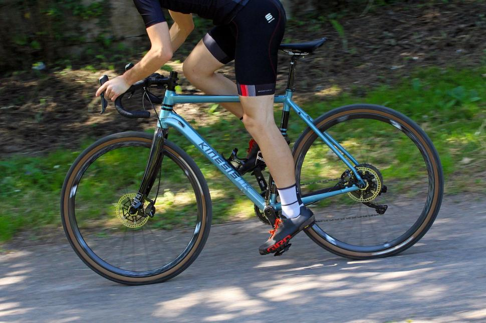 Kinesis Tripster AT - riding 4.jpg