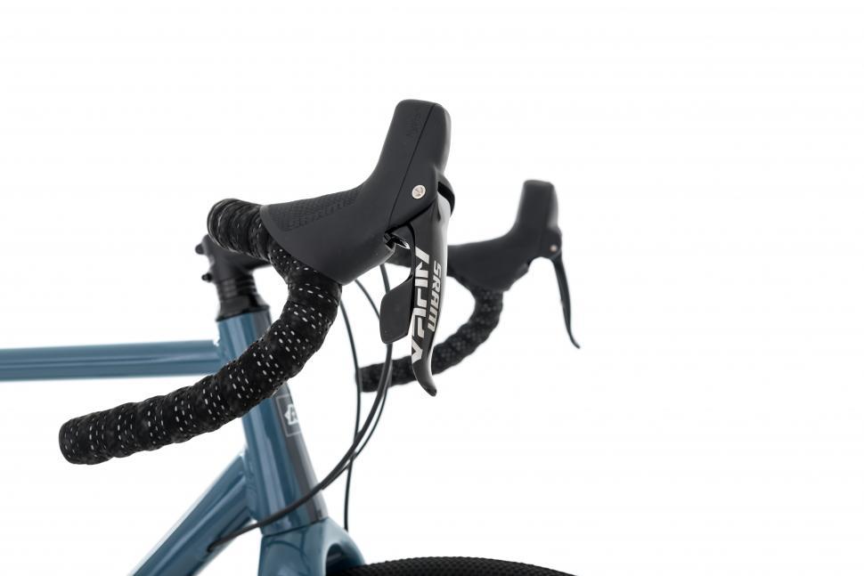 kinesisuk_g2_bike_flare_bars_with_rival.jpg