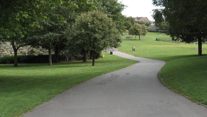 kingswood park - wikimedia commons.PNG