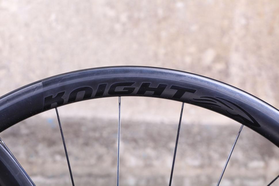 Knight 35 Wheelset - rim.jpg