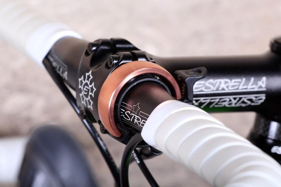 Knog Oi Classic Bell - on bike.jpg