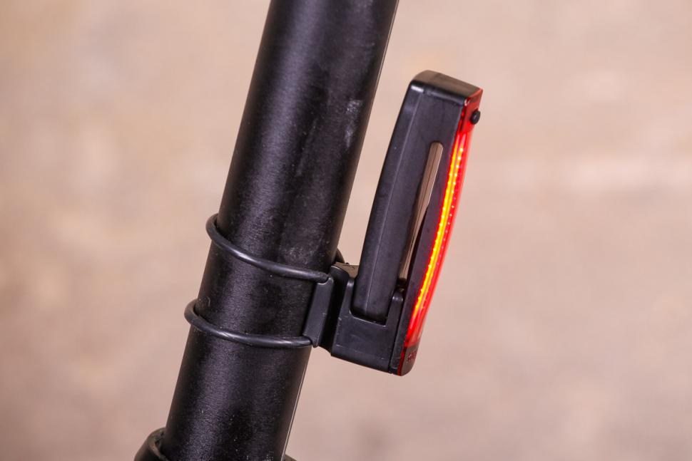 Knog Plus Twinpack - rear side.jpg