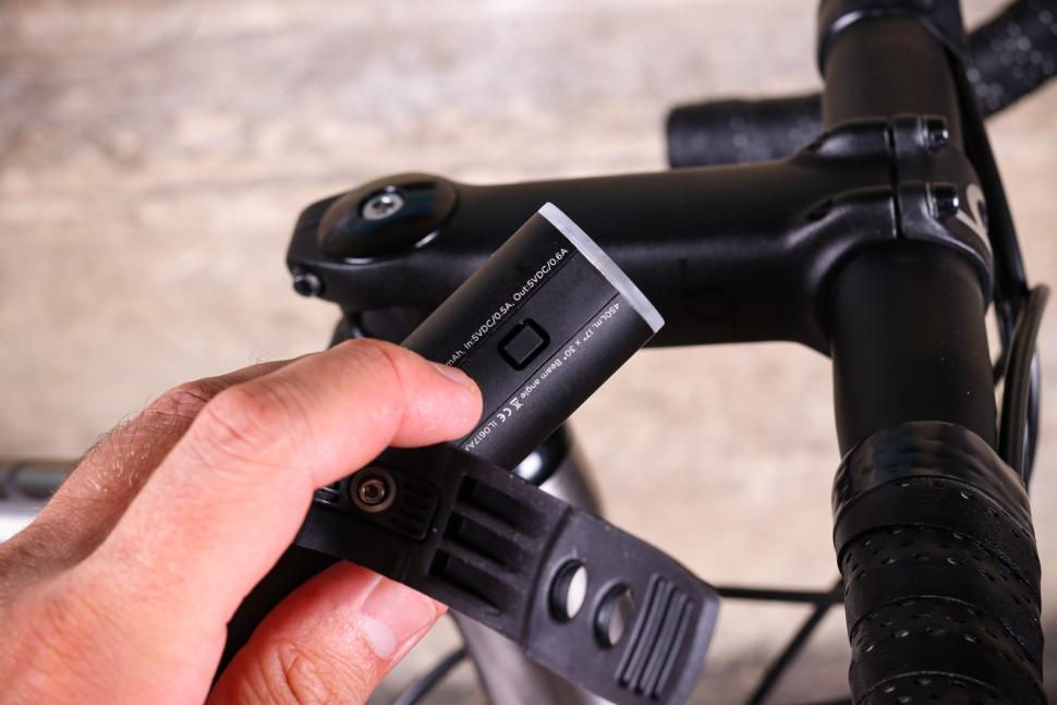 Knog PWR Rider Front Light - power button.jpg