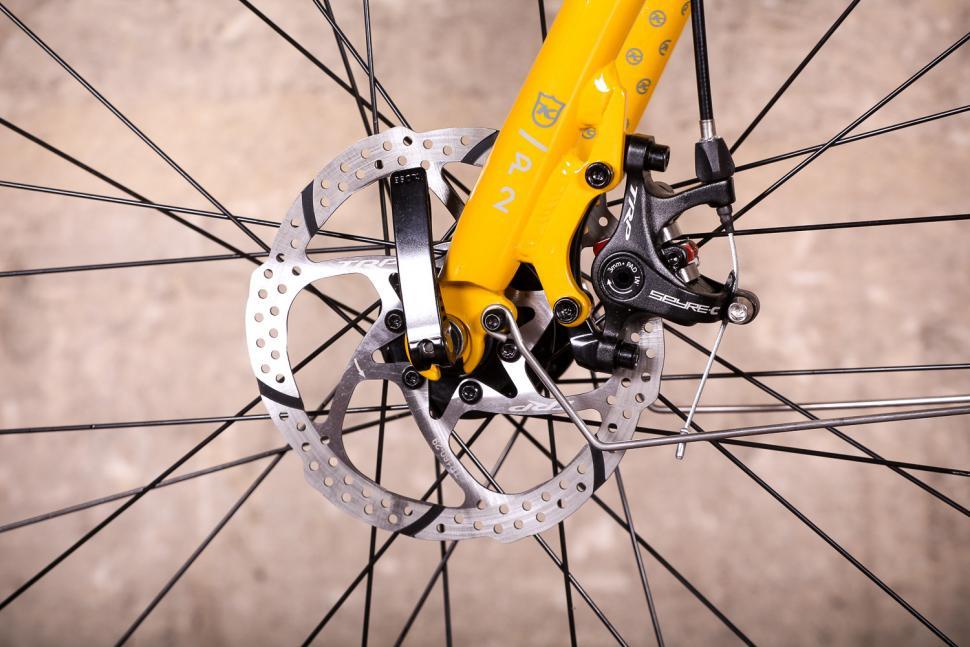 Kona Rove DL - front disc brake.jpg