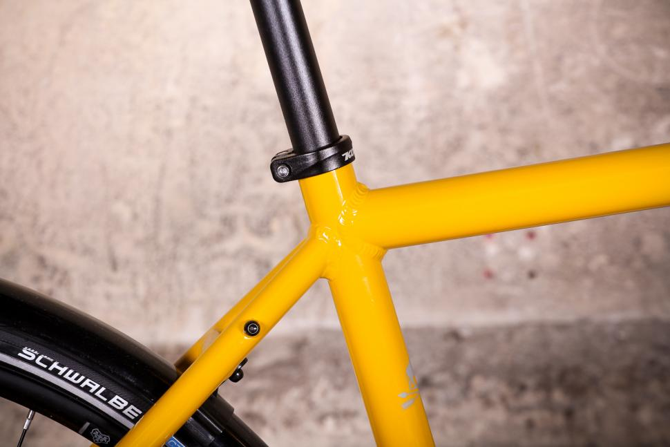 Kona Rove DL - seat tube junction.jpg