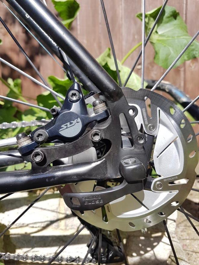 laura-charge-plug-disc-rear.jpg