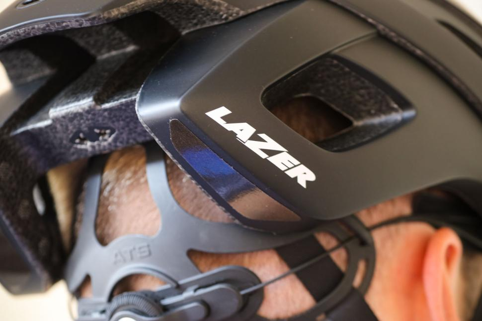 Lazer Bullet 2.0 MIPS Helmet - detail.jpg