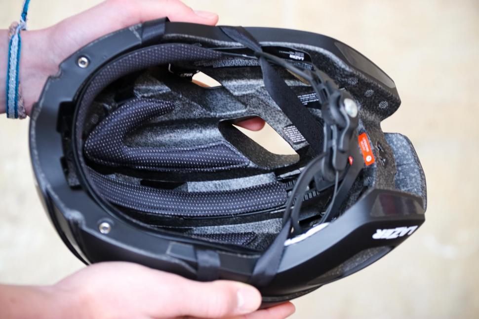 Lazer Bullet 2.0 MIPS Helmet - inside.jpg