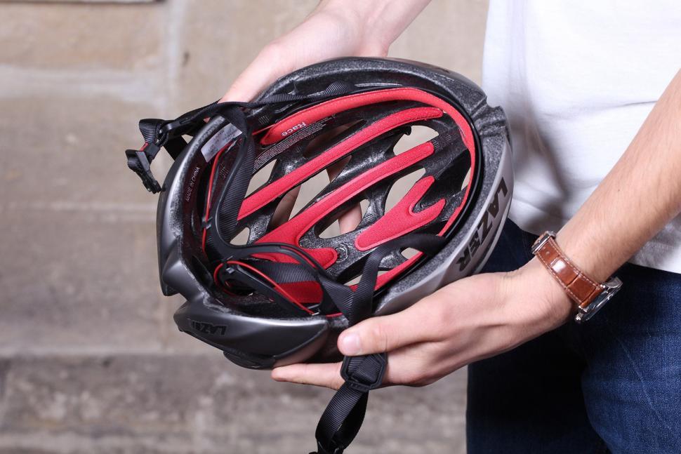 Lazer O2 Matte Titanium Helmet - inside.jpg