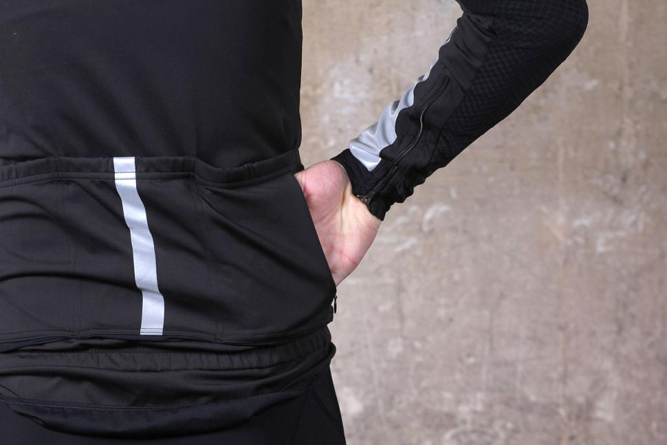 Le Col HC jacket - pocket.jpg