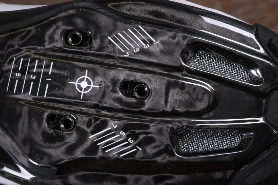 Le Col Pro Carbon Cycling Shoes-3.jpg