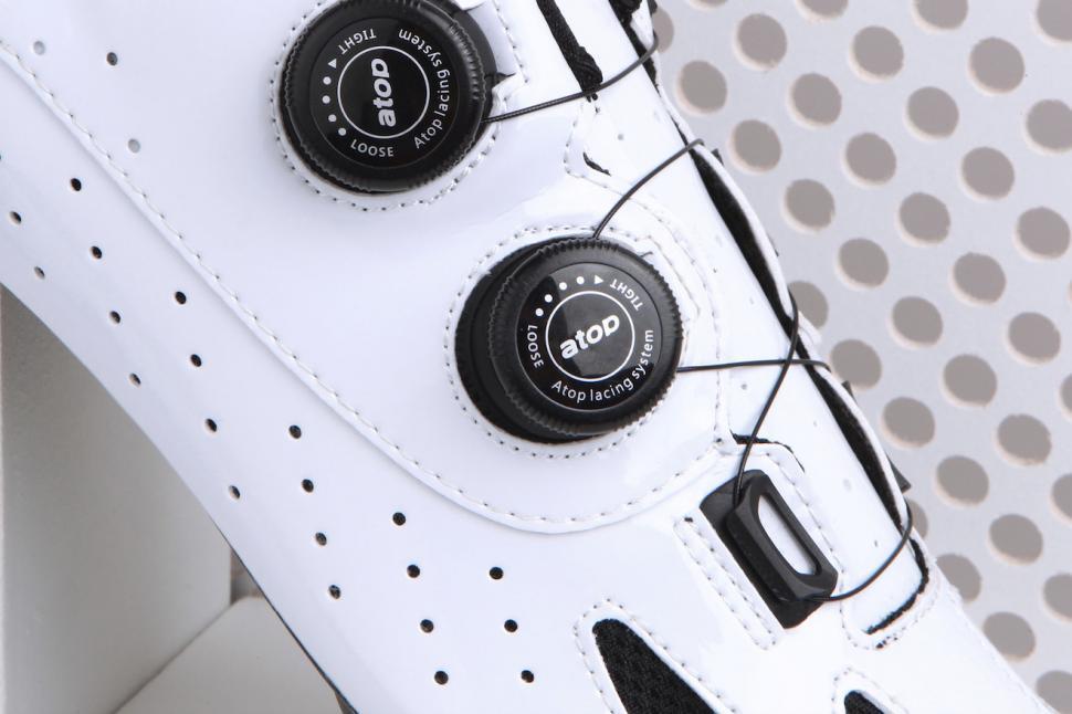 le col shoe 2