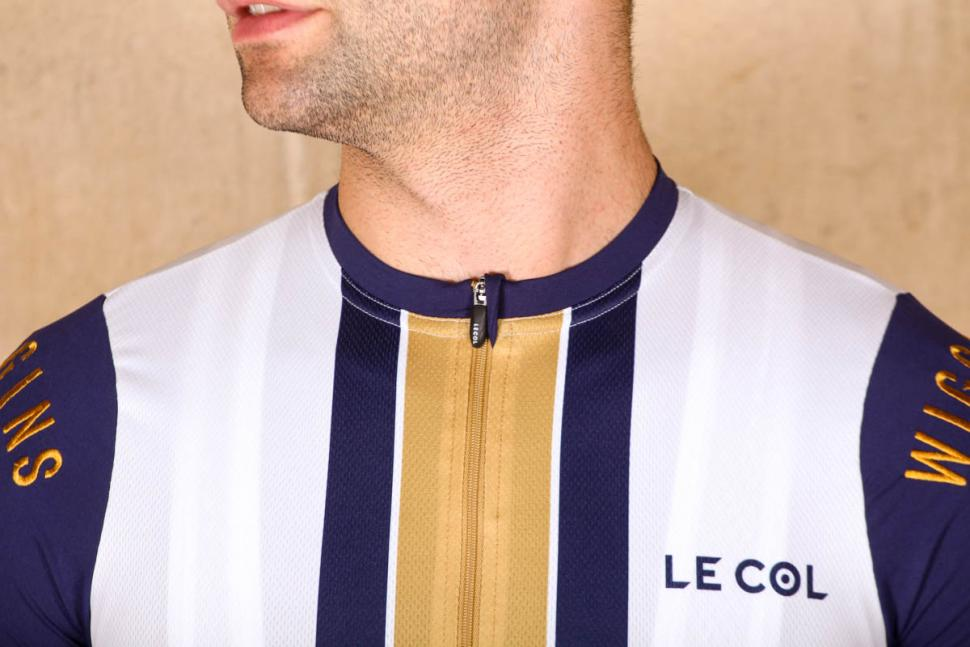 le_col_wiggins_limited_edition_pro_gold_stripe_jersey_-_collar.jpg