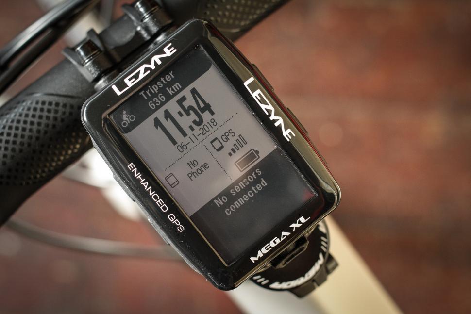 Review: Lezyne Mega XL GPS computer | road cc