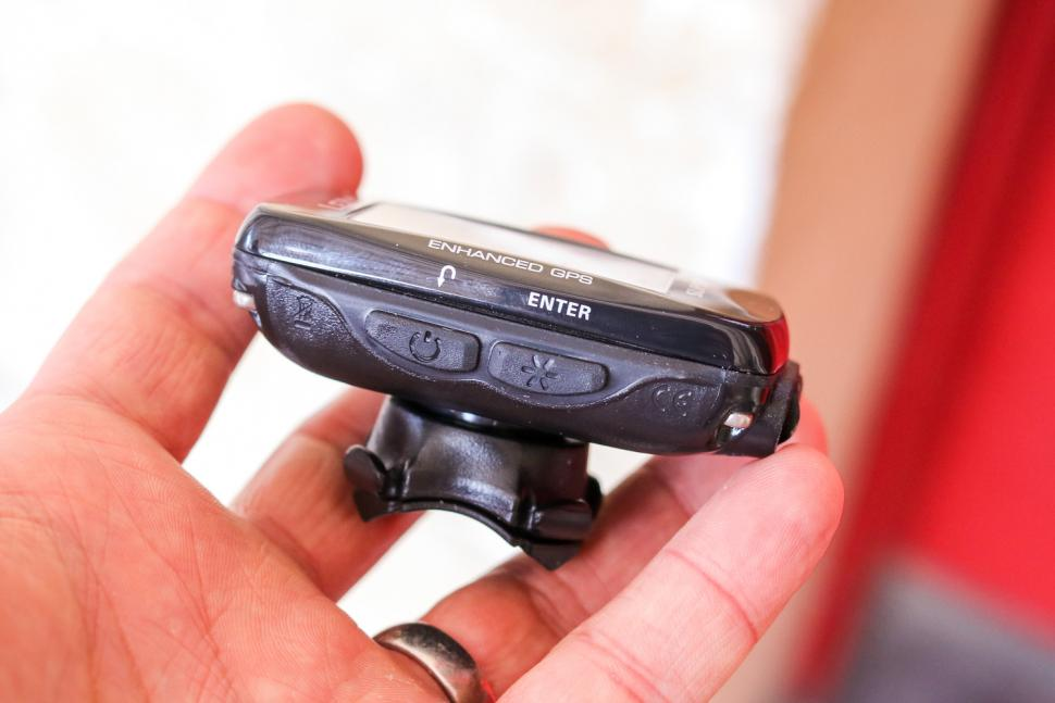 Lezyne Super Pro GPS cycling computer - buttons side 1.jpg