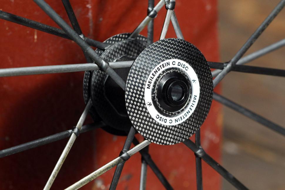 Lightweight Meilenstein Carbon Clincher Disc - front hub 2.jpg