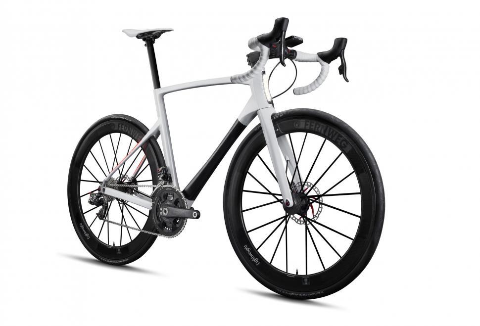 lightweight ride bike 2.jpg