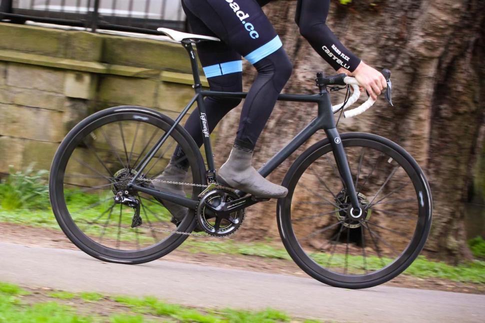 lightweight_urgestalt_-_riding_3.jpg