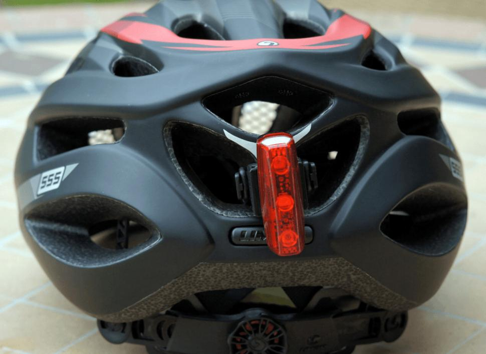 Limar 555 Road Helmet - light fixing.jpg