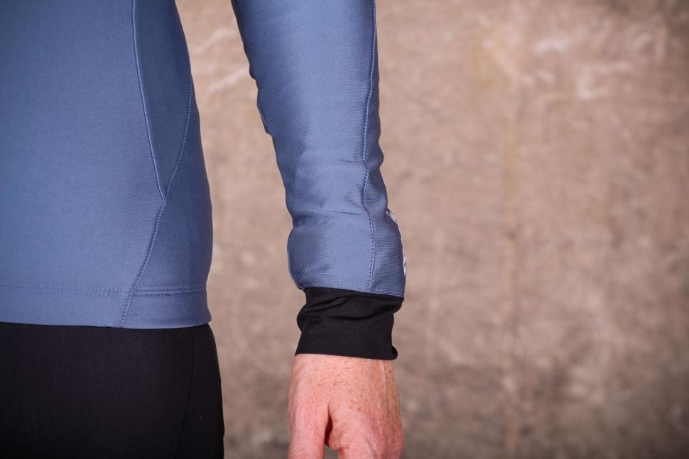Liv Flara Thermal Long Sleeve Jersey - cuff.jpg
