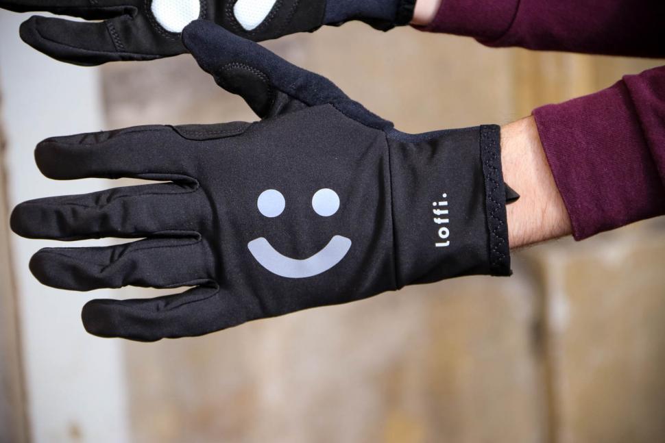 Loffi Glove - back.jpg