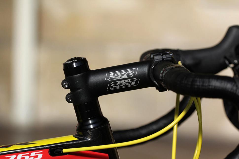 f7ec9221ebe Review: Look 765 Full Shimano Ultegra | road.cc