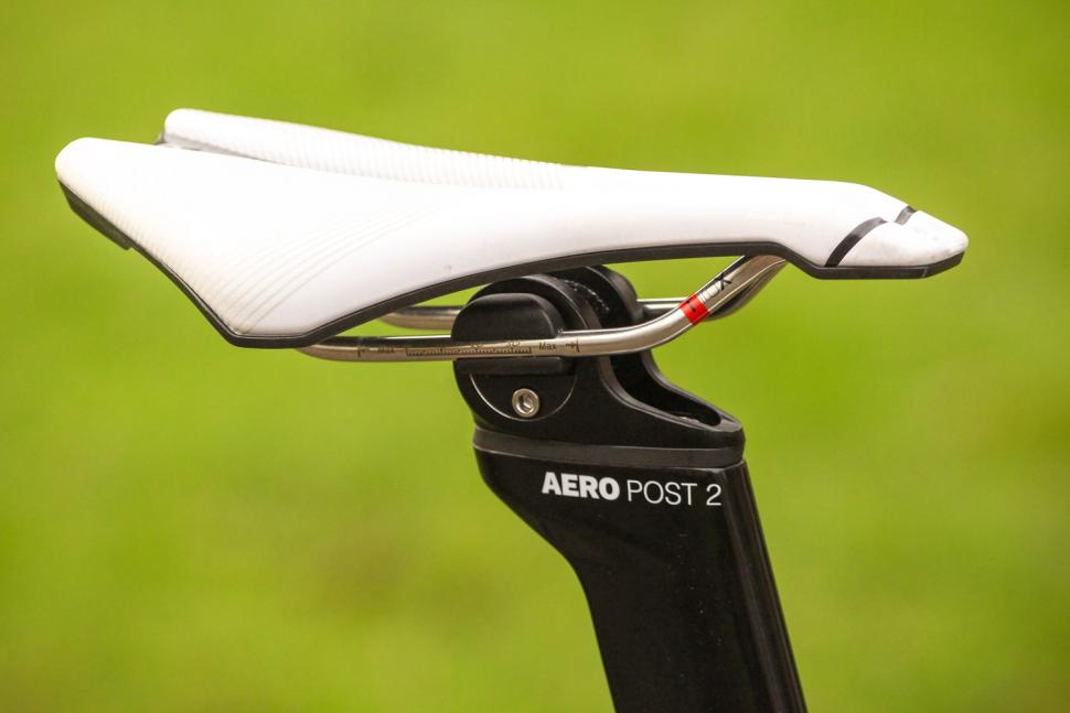 Look 795 Blade RS - saddle.jpg