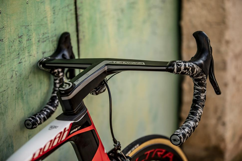 lotto soudal 2019 team bikes4