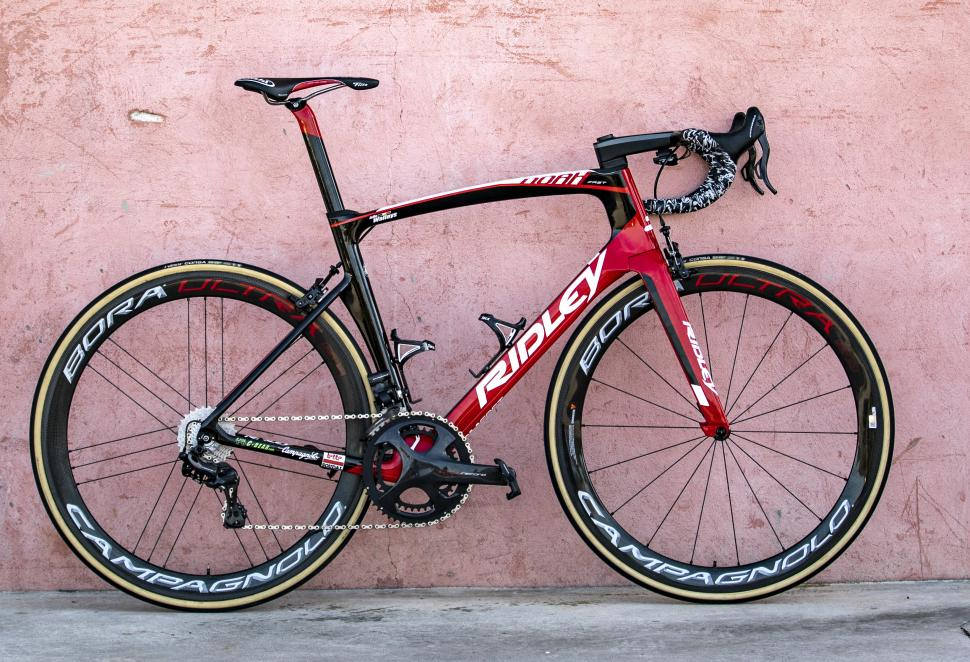 lotto soudal 2019 team bikes5