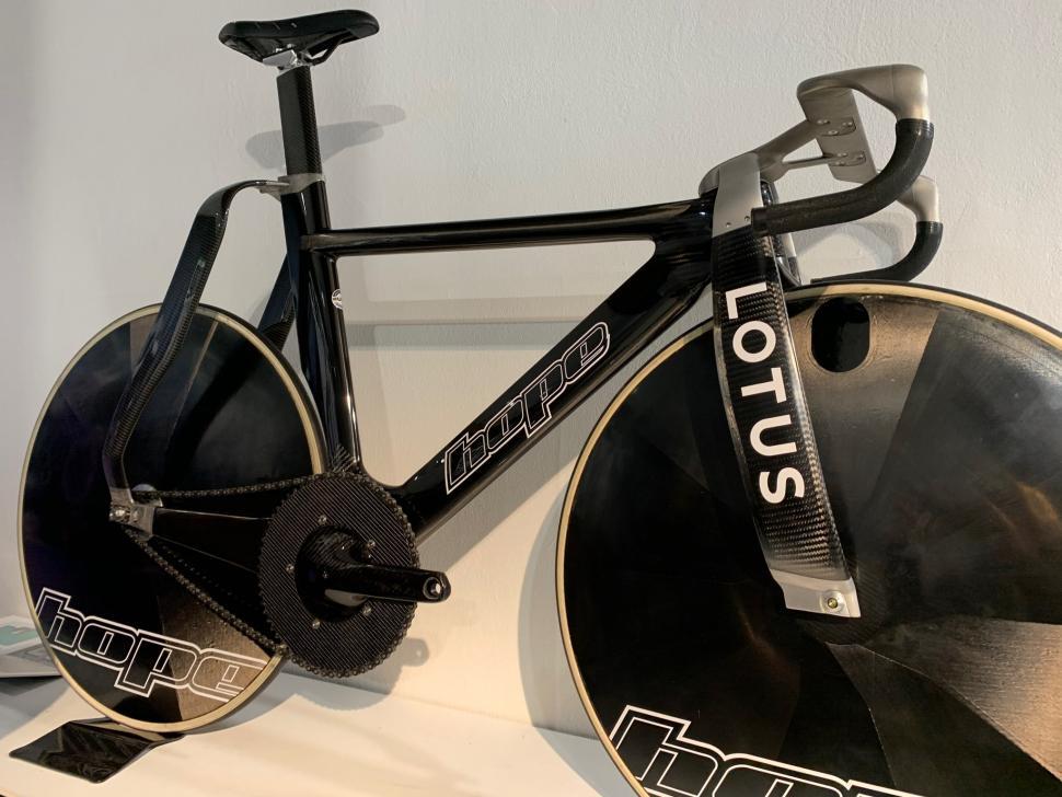 Lotus bike Rouleur classic 4